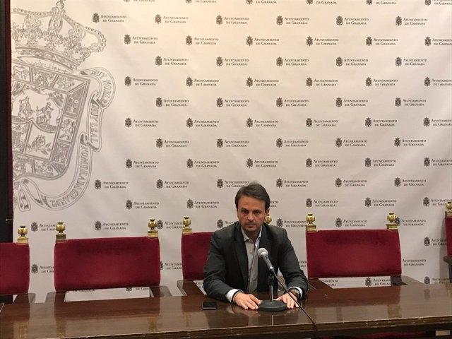 El concejal en el Ayuntamiento de Granada Juan Antonio Fuentes