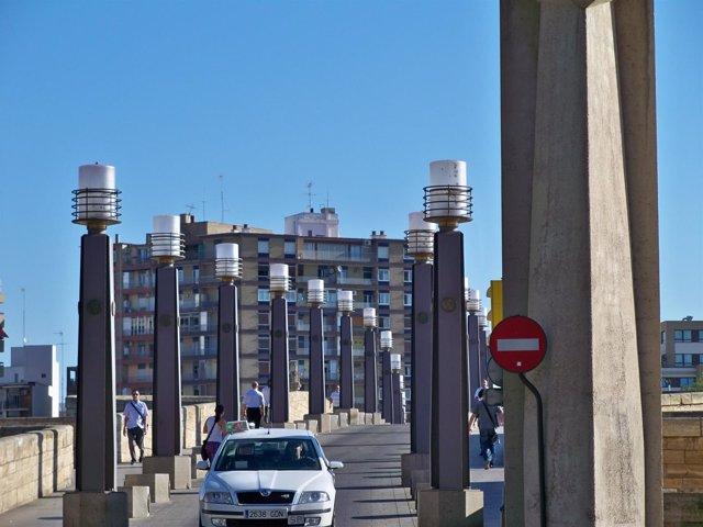 Puente De Piedra, taxi
