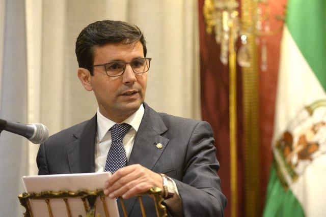 El alcalde de Granada, Francisco Cuenca