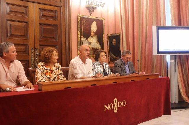 [Sevilla] Nota De Prensa Y Foto Plan Inversiones En Barrios Y En Patrimonio