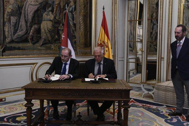 El ministro de Asuntos Exteriores, Unión Europea y Cooperación, Josep Borrell, s