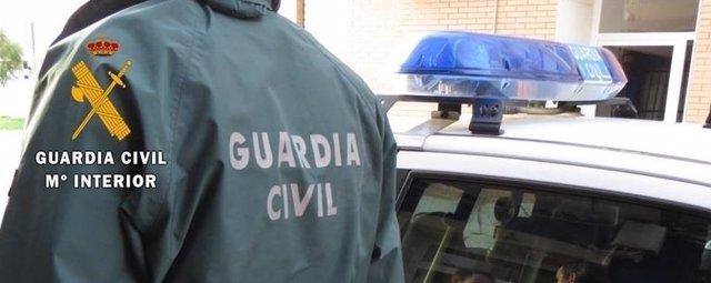 Imatge d'arxiu d'un agent de la Guàrdia Civil