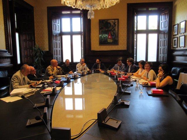 La Mesa del Parlament paraliza la comisión para investigar el presunto espionaje de Mossos