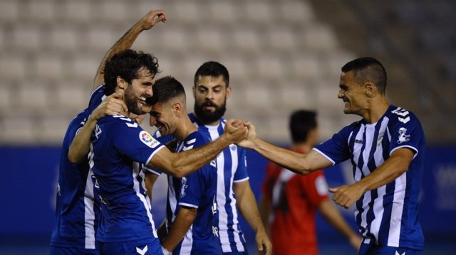 El Lorca se despide con victoria ante el colista Sevilla Atlético