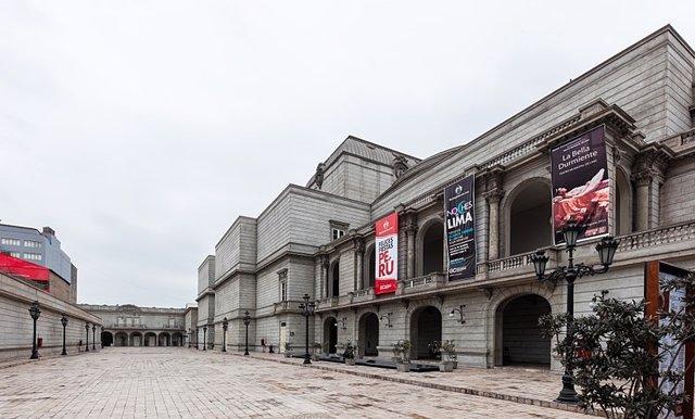 Se cumplen 20 años del incendio del Teatro Municipal de Lima