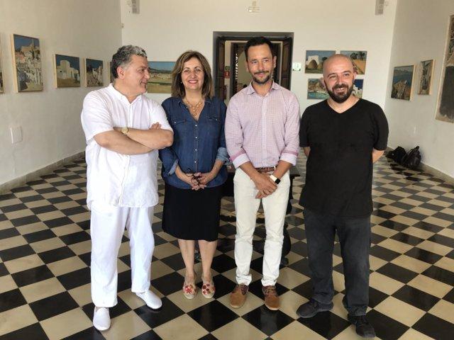 Fanny Tur en la presentación de las exposiciones homenaje al pintor Carloandrés