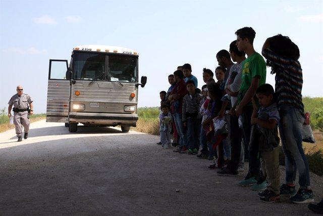 Inmigrantes a llegada a Estados Unidos