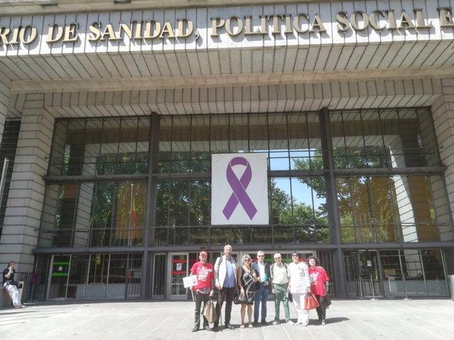 Reunión de los afectados por la hepatitis C con representantes de Sanidad
