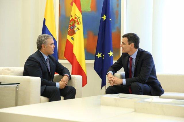 Pedro Sánchez con el presidente electo de Colombia, Iván Duque