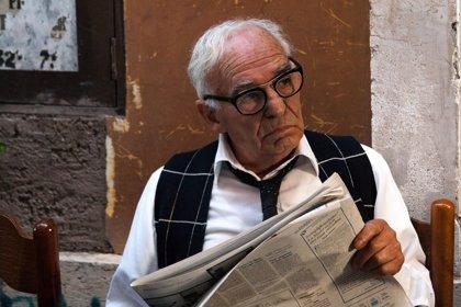 Los mayores se dan cuenta de sus errores con menos frecuencia que los jóvenes