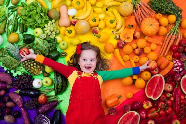 Pocos niños consumen las verduras recomendadas por los especialistas.