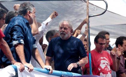 ¿Cuáles son los 8 ejes de trabajo del programa de Gobierno de Lula da Silva para el futuro de Brasil?