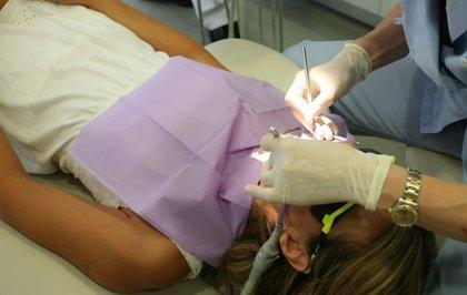 Si estás embarazada, acude al menos una vez al dentista