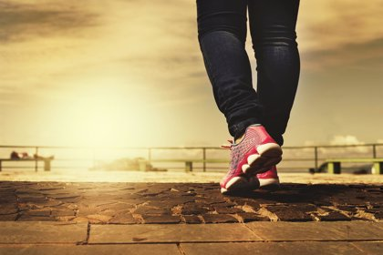 Escarpines o un buen calentamiento, claves para cuidar los pies durante la práctica de deportes de verano