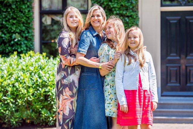 Queen Maxima with her daughters Princess Amalia, Princess Alexia, Princess Arian