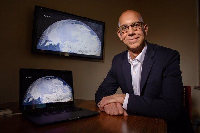 Jeff Trapp, profesor de ciencias atmosféricas