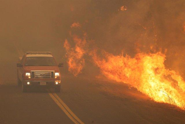 Incendio en condado de Mendocino (Los Ángeles)