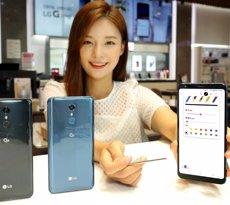 LG llança l''smartphone' de gamma mitjana LG Q8, amb funcions de llapis òptic de sèrie (LG)