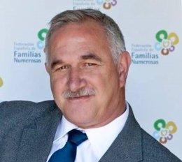 Benito Zuazu, presidente de la Federación Española de Familias Numerosas