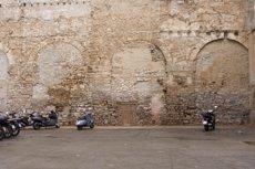 L'Ajuntament de Barcelona recuperarà l'aqüeducte romà de la plaça del Vuit de Març al Gòtic ( AJUNTAMENT DE BARCELONA)
