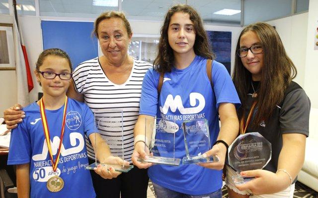 El Gobierno felicita a las medallistas cántabras de tenis de mesa