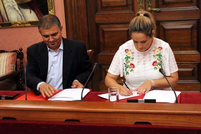 Firma del acuerdo con Famsi