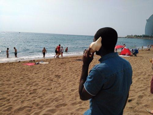 Campaña El otro sonido del mar, lanzada por CEAR
