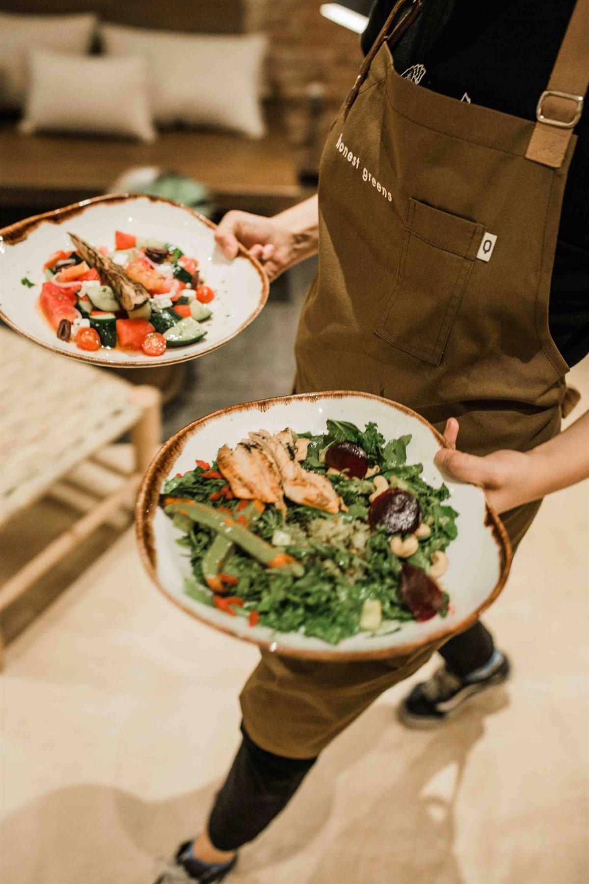 82590fefc494 El concepto 'healthy' de Honest Greens crece en España con cuatro  restaurantes tras invertir más de 4 millones