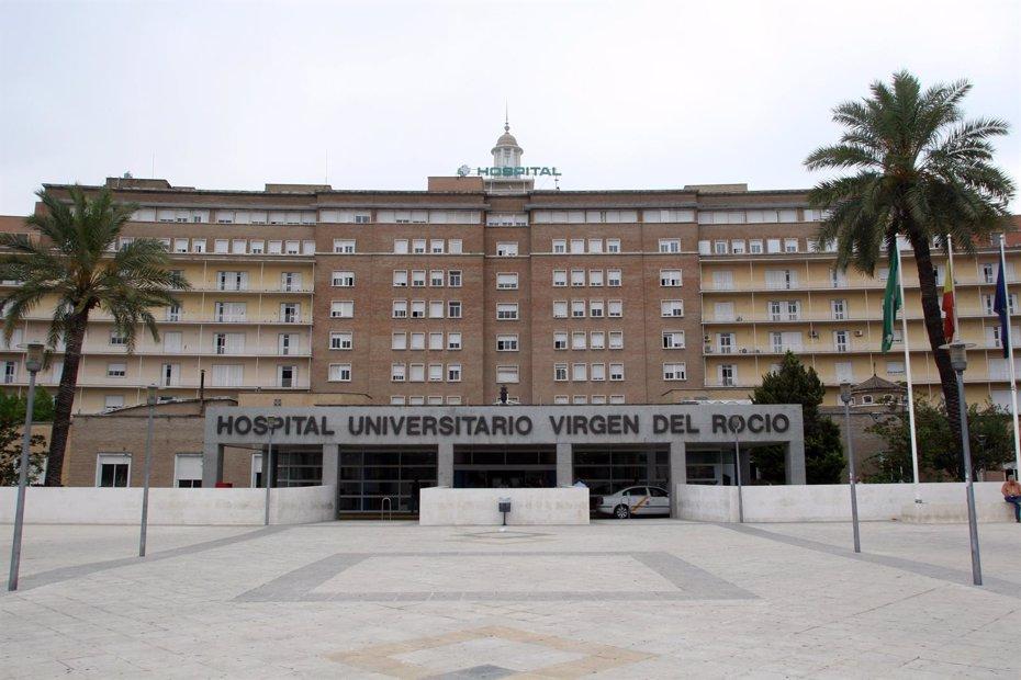 Foto: El Virgen del Rocío es el hospital con más donaciones y trasplantes de Andalucía (Europa Press - Archivo)
