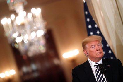 Trump asegura que su Administración analizará qué hacer para mitigar los incendios en California