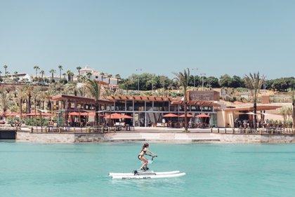 La playa interior más grande de Europa se inaugura en La Reserva de Sotogrande en San Roque (Cádiz)