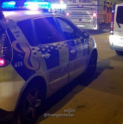Detenido en Sevilla un conductor sin carné tras una persecución en la que alcanzó los 180 kilómetros por hora