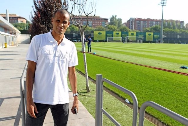 Rivaldo visita al Barcelona
