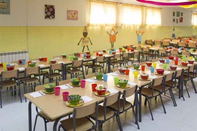 Los usuarios de comedores escolares casi un 8 de media a este servicio