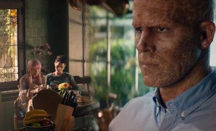 VÍDEO: Ryan Reynolds organiza el menú mutante de la Mansión-X en esta escena inédita de Deadpool 2