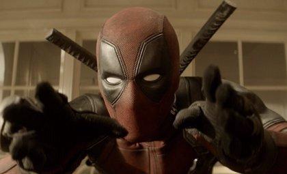 Deadpool 2: La escena del bebé Hitler que fue censurada en los cines (VÍDEO)