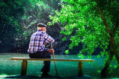¿Cómo nos dañan los genes según envejecemos?