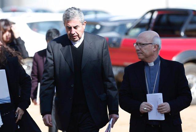 El opispo Santiago Silva, presidente de la Conferencia Episcopal chilena