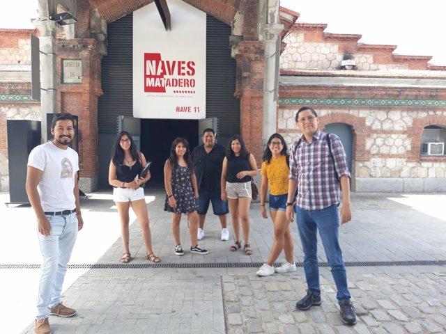 Jóvenes peruanos Clases de Quechua