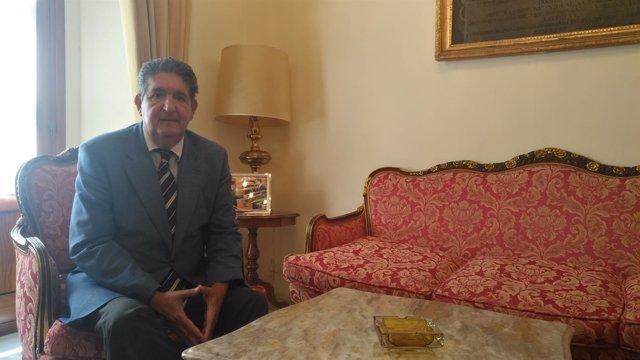 El decano del Colegio de Abogados de Sevilla, José Joaquín Gallardo