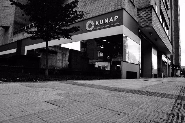 Fachada clínica Kunap