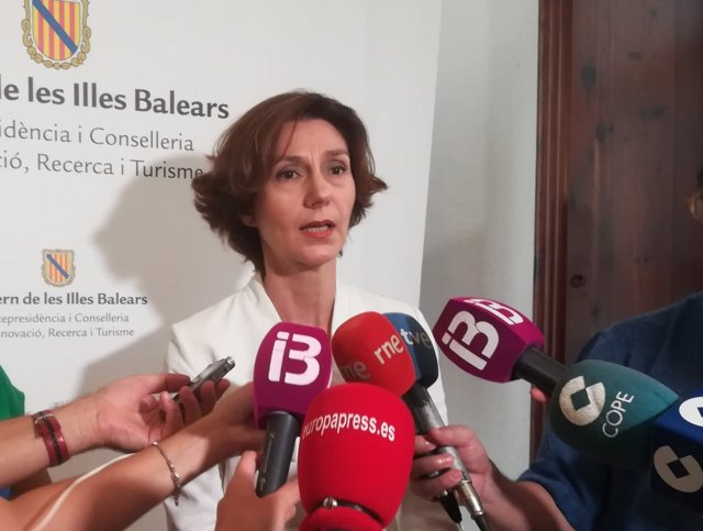 La secretaria de Estado de Turismo prevé reunirse en septiembre con Competencia para tratar el alquiler turístico