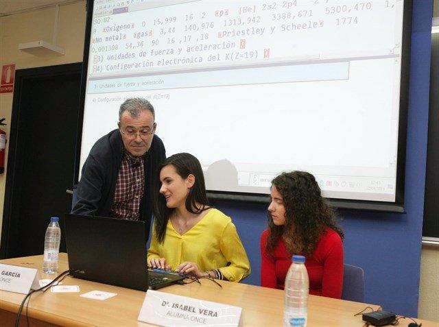 Matemáticas accesibles en tiempo real para alumnos ciegos
