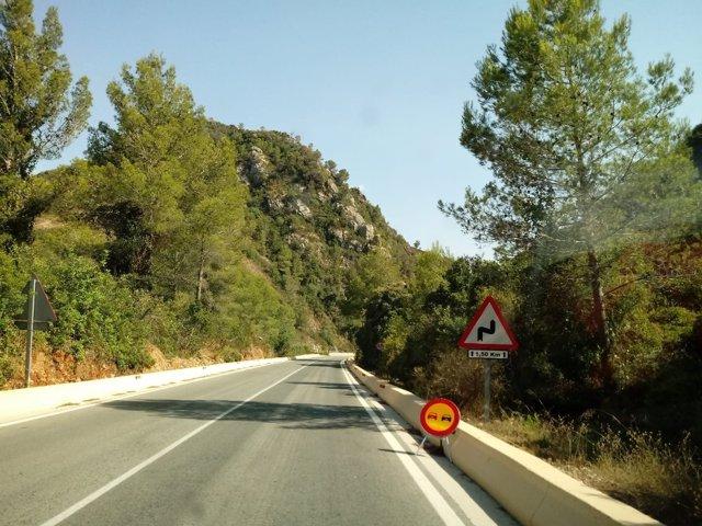 CV-675 entre Barx y Gandia, carretera, precaución, circulación, vía, carril,