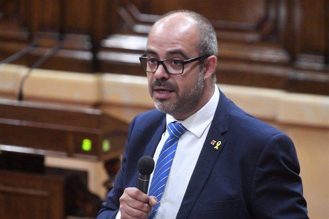 El conseller d'Interior, Miquel Buch, en el Parlament de Catalunya