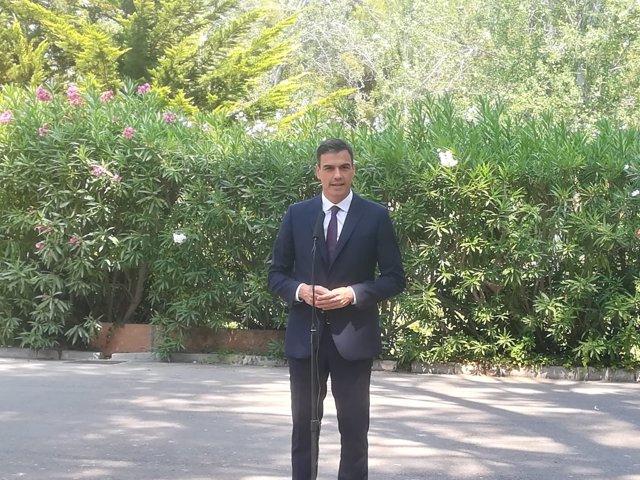 Pedro Sánchez atiende a los medios en Marivent