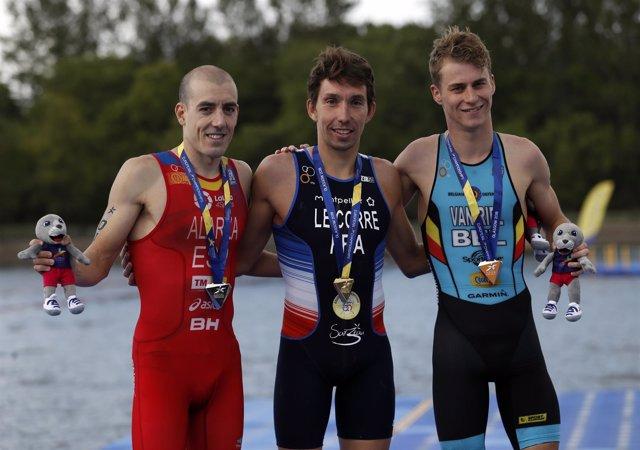 El español Fernando Alarza, subcampeón de Europa de triatlón