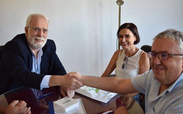 Bormujos firma un convenio con el Colegio de Veterinarios