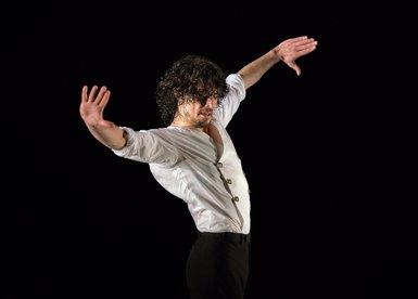 "El ballador Jesús Carmona, Latin UK Award: ""Fora se'ns valora més que aquí"" ( JESÚS CARMONA)"