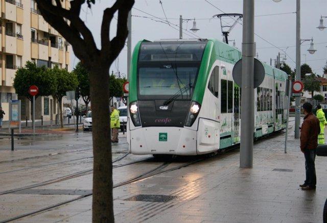 Tren tranvía de la Bahía de Cádiz.